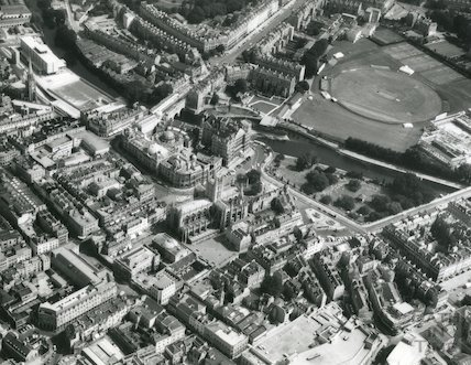 1974 Aerial Photograph of Bath showing a North Easterly view of the Empire Hotel, the River Avon, Pulteney Bridge and the Rec