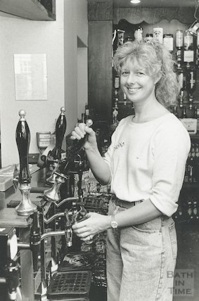 Linda Cole, manager of the Chequers Inn, Rivers Street, Bath, 1 August 1989