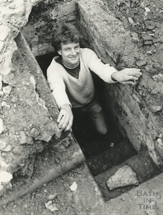 A mystery underground chamber at the Hare and Hounds, Lansdown, Bath, 28 November 1985