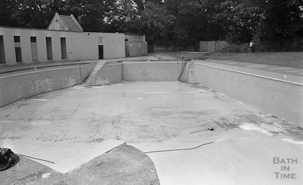 Cleveland Baths shown empty, 13 July 1983