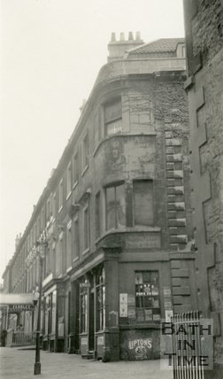 North Parade, corner of North Parade Buildings (Gallaway's Buildings), Bath, c.1915