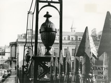 Beauford Square, showing details of the ironwork & gateway, 1975