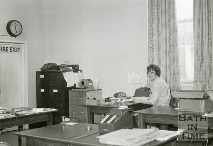 Plummer Roddis, Bath. Office on 2nd Floor. Last day of trading. February, 1971