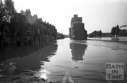 Floods on the Lower Bristol Road, Bath, 1968