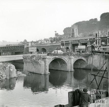Old Bridge, Bath during demolition, 1964