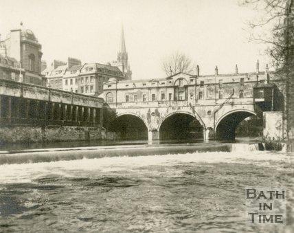 Pulteney Bridge and Weir, Bath, c.1905