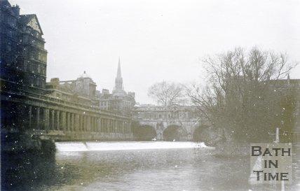 Pulteney Bridge, Bath, 1945