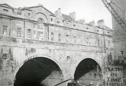 Pulteney Bridge, Bath, 1969