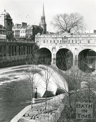 Pulteney Bridge and weir, Bath, 1975/6