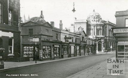 Pulteney Bridge and shops, Bath, c.1940s