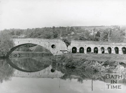 Newbridge, South elevation of arches 9-16, Bath, c.1950s