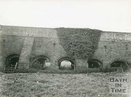 Newbridge, North elevation of arches 1-5, Bath, 1950s