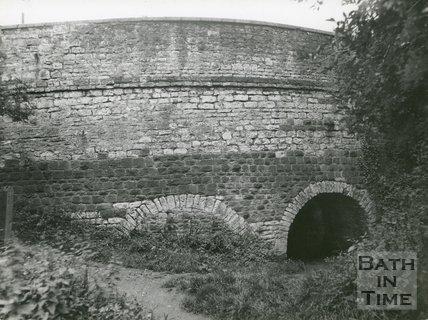 Detail of the Newbridge, Bath, c.1950s