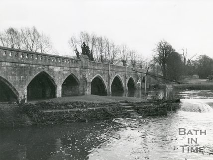 Batheaston / Bathampton Toll Bridge, January 1977