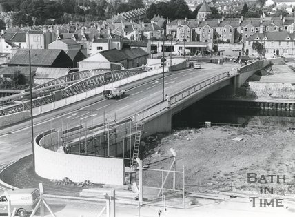 The newly constructed Windsor Bridge 25 September 1980
