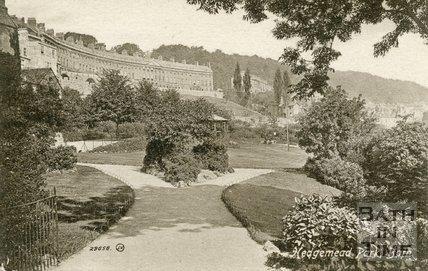 Hedgemead Park showing Camden Crescent, Bath, c.1910