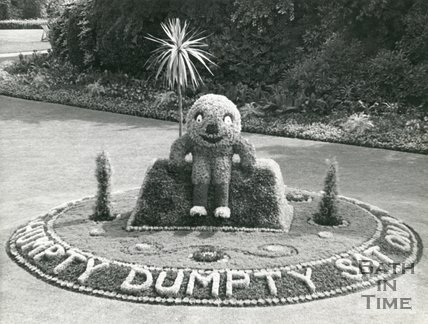 Humpty Dumpty flower bed, Parade Gardens, Bath, c.1960s