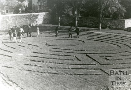 Maze in Beazer Gardens, near Pulteney Weir, Bath, 30 May 1984