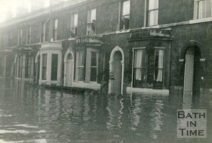 Floods on the Lower Bristol Road, Bath, Dec 4th 1960