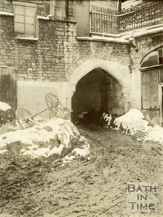 The East Gate, Bath, 1900