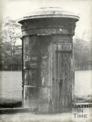 Watchman's Sentry Box. Norfolk Crescent. Bath, September, 1965