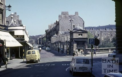 View of Pulteney Bridge from Bridge Street, Bath, c.1960s