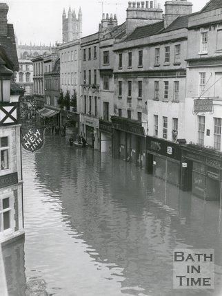 Floods in Southgate Street, Bath, 1960