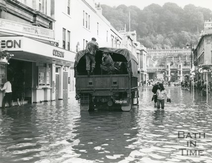 The army help people affected by the flood in Southgate Street, Bath, 1960