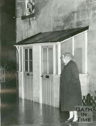 The heavy rain before the floods in Bath of 1960 at an unidentified location.