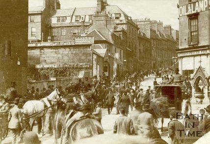 Race Day, Lansdown Road, Bath 1905