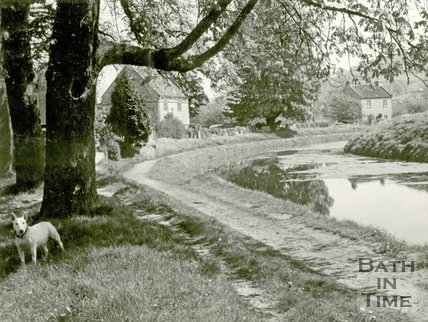 The picturesque Kennet and Avon Canal, Bathampton 1930s