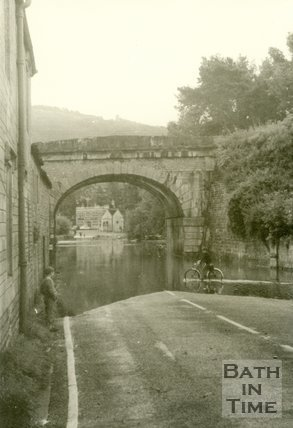 The flooded Bradford Road leading to Bathford c.1960