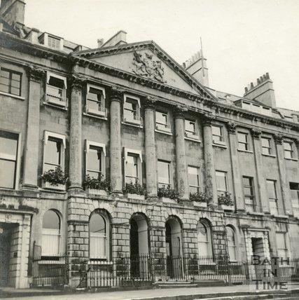 16 to 18, Camden Crescent, Bath c.1945