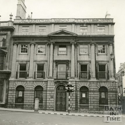Lloyds Bank, 47, Milsom Street, Bath c.1945