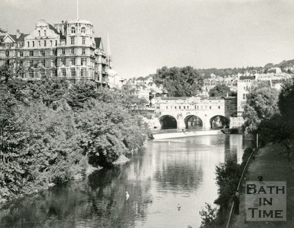 The Empire Hotel, Pulteney Bridge and weir, Bath c.1963