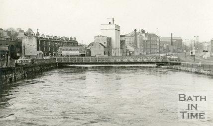 The temporary Bailey bridge acros the River Avon, Bath during the floods c.1963