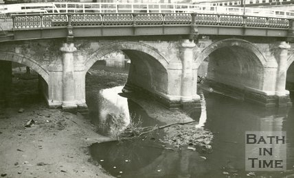 Western elevation of the Old Bridge, Bath 1961