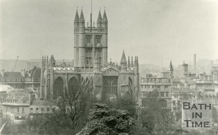 View of Bath Abbey from Sydney Buildings 1930s