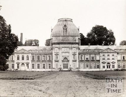 Chateau near Tirelmont/Tienen, Belgium