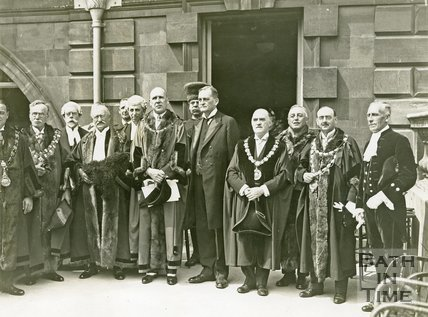 Lord Bath with the Mayor and corporation during the ceremony of freeing the bridges of Bath from tolls, 20 June 1929