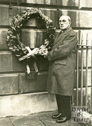John Wood Bicentenary 1927 - Mr. W. Tapper president of RIBA places a laurel wreath on John Wood's House Bath