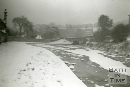 The Long Pond at the Kennet and Avon Canal, Widcombe, Bath during the freeze of 1963