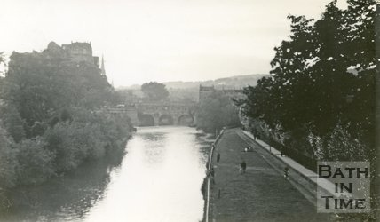 Pulteney Bridge and the River Avon, Bath 1939