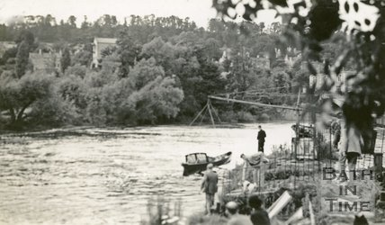 The River Avon and boat lifter, Bathampton 1939