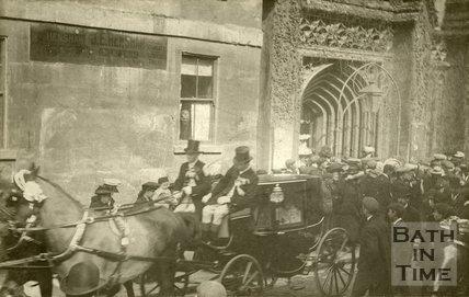 Coach and horses at Holy Trinity Church, James Street West, Bath 1906