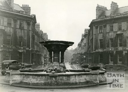 The fountain at Laura Place, Bath, looking southwest, c.1940s