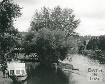 View of Pulteney Weir, Bath, c.1990