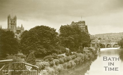 View of Parade Gardens and Pulteney Bridge from North Parade Bridge, c.1930s?