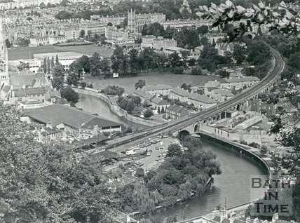 1986 Aerial view of Bath Spa station and the cricket ground, Bath, April