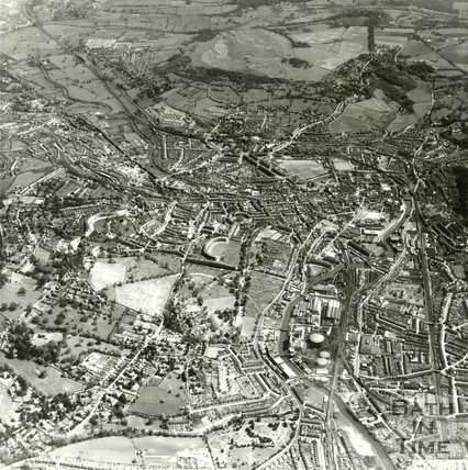 1954 Aerial view of Royal Victoria Park, Western Riverside and the city of Bath in general